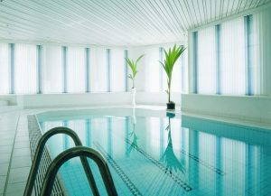Pool blinds in Spain